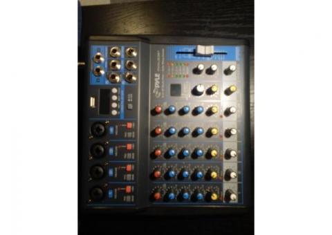 New in box 6 channel Pyles BT studio mixer with PC hookup $75