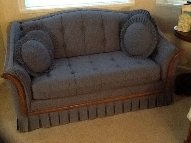 Enjoyable Hide A Bed Couch And Loveseat In Lafayette Yamhill County Gmtry Best Dining Table And Chair Ideas Images Gmtryco
